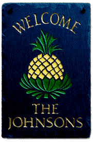 pineapple welcome signs