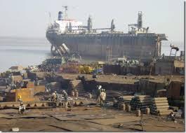 alang ship recycling yard