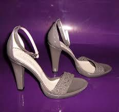 pantofi sandale