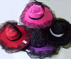 hats with feathers