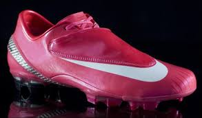 new pink nike boots