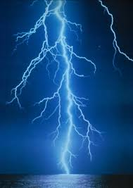 pictures of lightning strikes