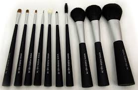 mac make up brush