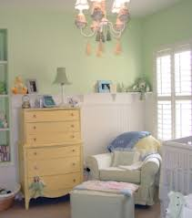 decorate baby nursery