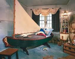 boat decorating