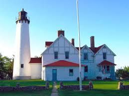 lighthouse mi
