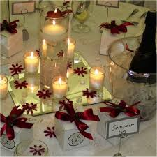 black and white table centerpieces