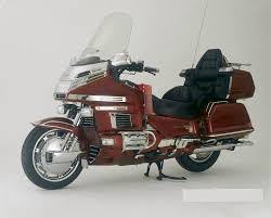 motorcycle gold wing