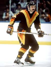 vancouver canucks old jersey