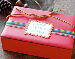 decorating wooden boxes