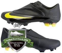 new nike football boots 2009