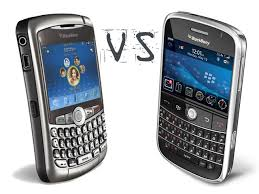 blackberry curve vs bold