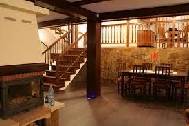 balustrade de lemn