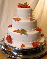 fall leaves wedding cake