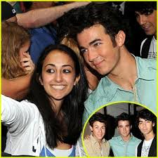cute pictures of the jonas brothers