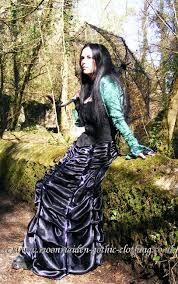 gothic clothing corset