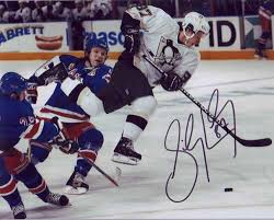 sidney crosby signed photo