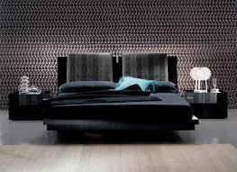 diamond bedding