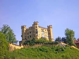 new swan castle