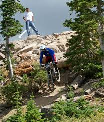 downhill mtb racing