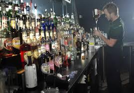 bartender clothes