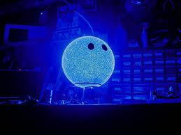 spheres lamp