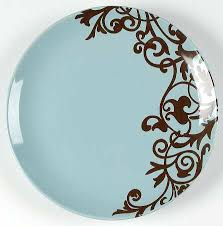 brown dinner plate