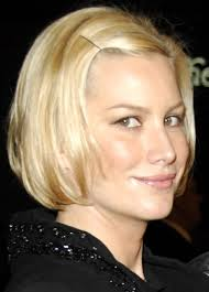 haircuts for women with short hair