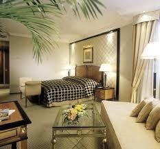 fancy hotel room