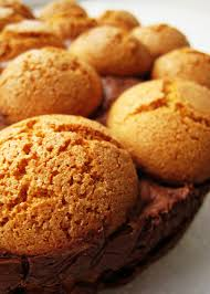 amaretto cookies