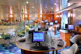 internet cafe computer