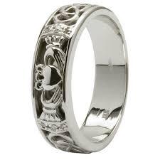 claddagh wedding ring set