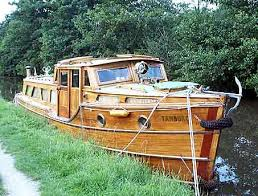 pictures of wooden boats