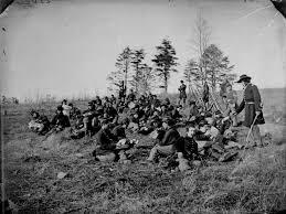 http://t0.gstatic.com/images?q=tbn:pE0M4ZOlwHT6fM:http://warisboring.com/wp-content/uploads/2008/04/civil-war-002.jpg
