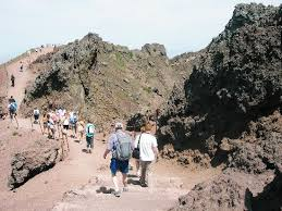 mount vesuvius pictures