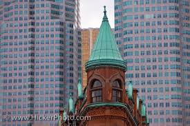 famous buildings in canada