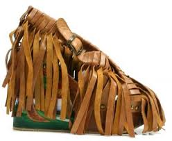 Post Your Shoes Irregualr-choice-fringed-we