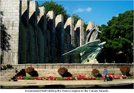 monument art