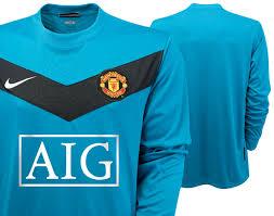 2010 manchester united kit