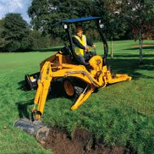 mini backhoe loaders