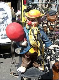 clown statues