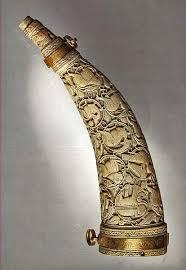 horn carved