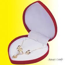 boxes necklace