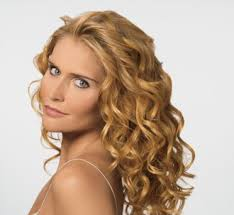 long curly hair styles for women
