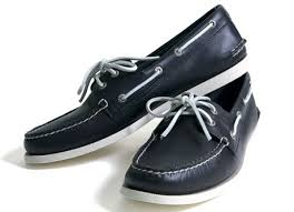 black sperry boat shoes