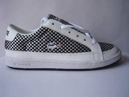 lacoste trainers womens