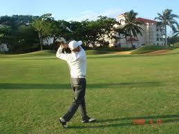 golf swing follow through