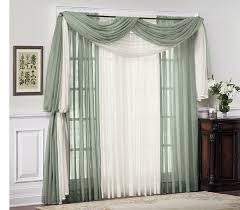 decorate curtains