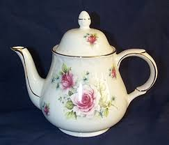 rose tea pot