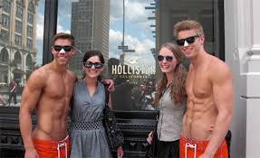 hollister brand clothes